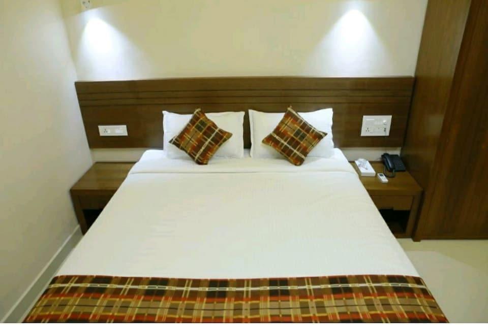 Capital O 81112 Kollam Backwater Resorts, Kollam-II, Kollam