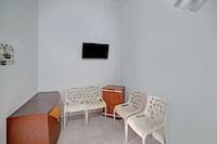 OYO 90503 Madina Residence