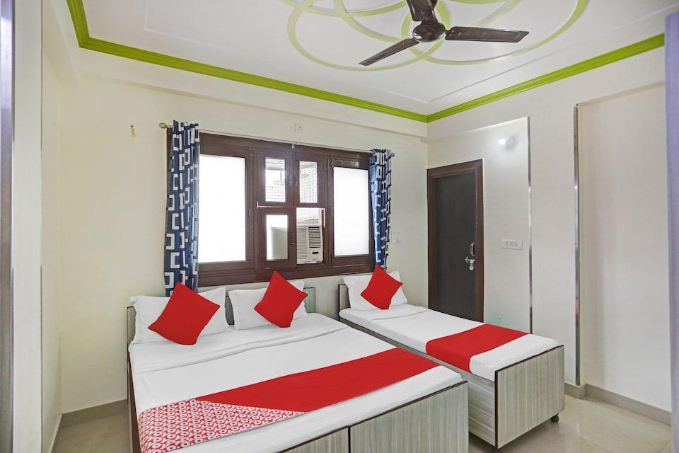 OYO 81160 New House  Residency , Noida City, Noida
