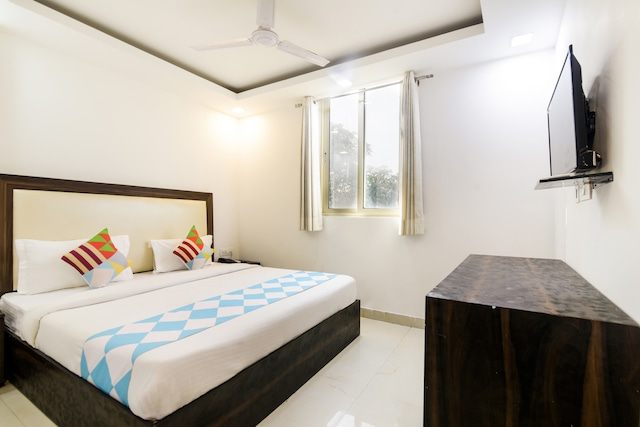 OYO 81182 Collection O Comfy Stay Hotels