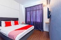 OYO 251 Intime Hotel