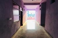 SPOT ON 81226 Delhi Gold Hotel