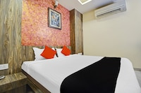 Capital O 81232 Hotel Shiv Vilas