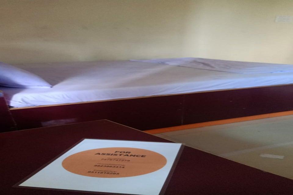 SPOT ON 81250 Swaraj Lodge, Latur city, Latur