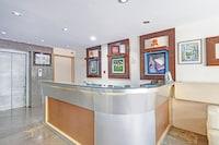 OYO 81260  Collection O Sweet Crystal Homes