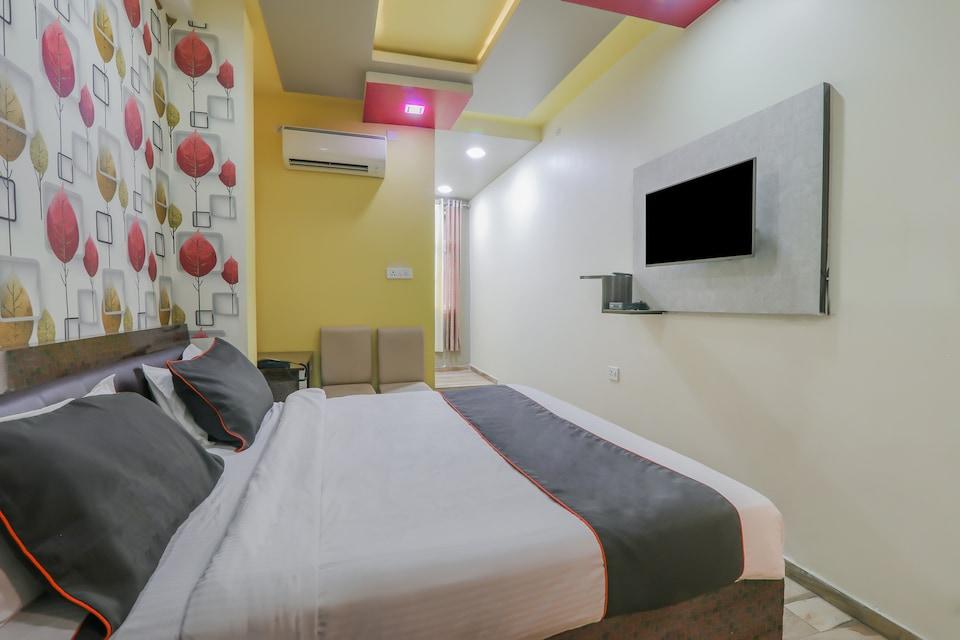 Collection O 81263 Hotel GMC Grand, Gomti Nagar Lucknow, Lucknow
