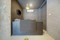 OYO Townhouse 430 Everest Hotel Chennai Central