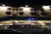 Capital O 81315 Hotel Sheller
