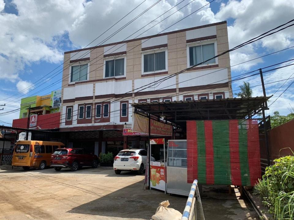 OYO 90529 Hotel Baruga Makassar, Makassar Makassar, Makassar