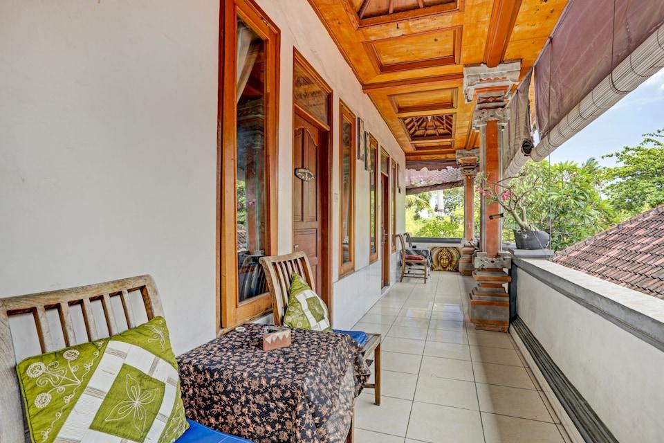 OYO 90532 Verra Guest House, Seminyak, Bali