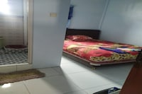 SPOT ON 90546 Aura Syariah Homestay