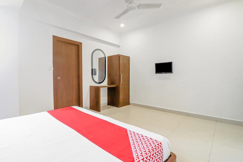 OYO 81365 Mg Residency, Fatehabad Road, Agra