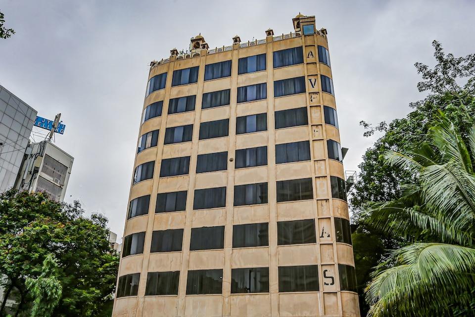 Capital O 81368 Hotel Pacific, Mumbai International Airport, Mumbai
