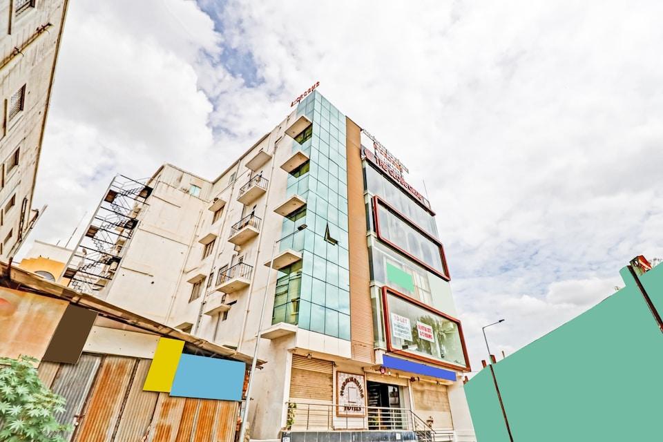 OYO 81386 Dhanvitha Suites, BTM Madiwala Bangalore, Bangalore