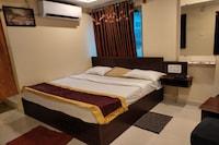 OYO 81390 Hotel Suprabhath Grand