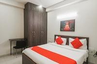 OYO 81443 Golf Inn Rooms