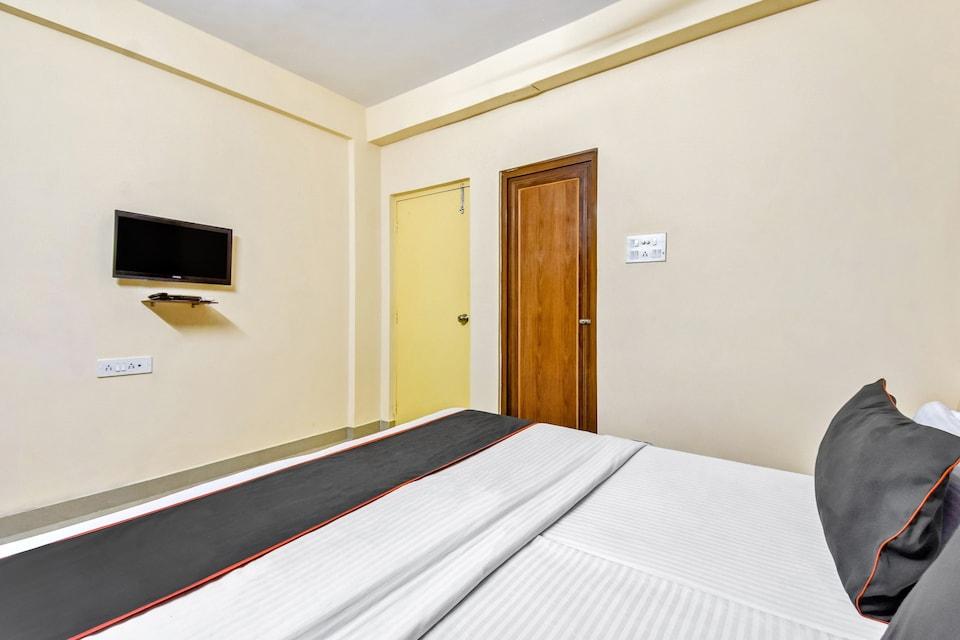 collection O 81451 Capital Casa, Rajarhat Kolkata, Kolkata
