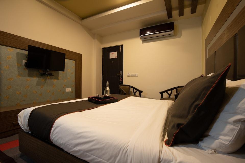Collection O 81461 Marina Suites , HUDA CENTRE 1, Gurgaon