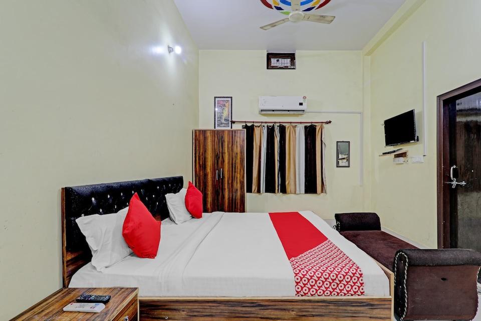 OYO 81482 Gangotri Inn, Lanka, Varanasi