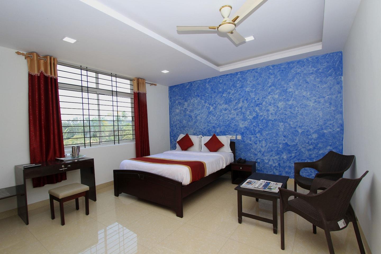 OYO 6787 Sri Sai Residency -1