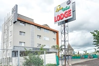 Capital O 81545 Lemon Wood Lodge