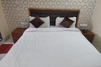 OYO 81625 Hotel Radhika