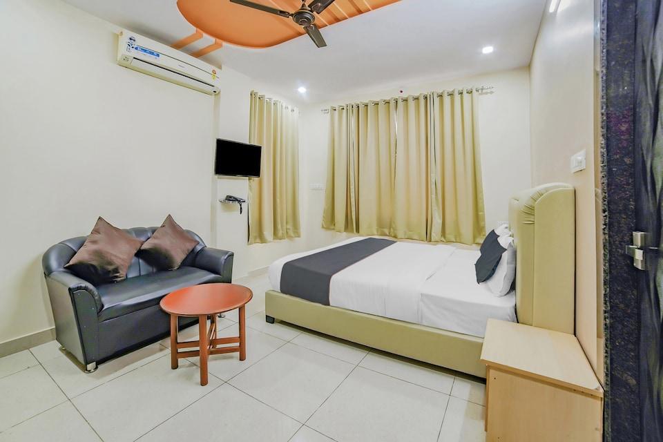 OYO Collection O 81633 Hotel White House, Goverdhan Sagar, Udaipur