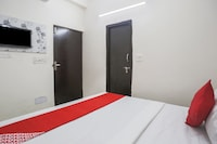OYO 81667 Hotel Mahak