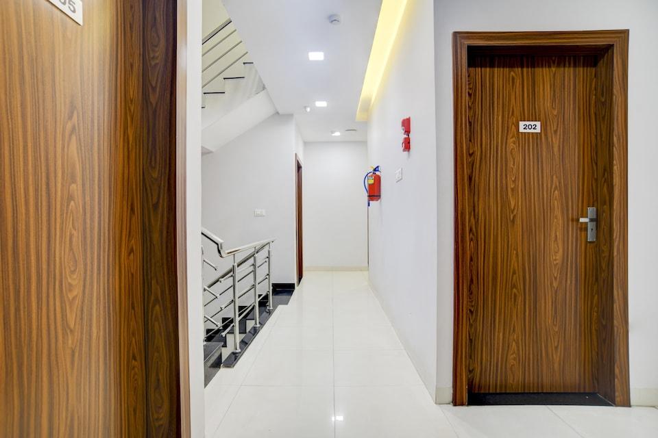 OYO 81745 Townhouse 445 Hotel Shreeji Vilas, Vijay Nagar Indore, Indore