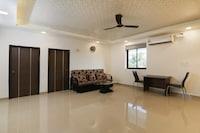 OYO Home 81789 Elegant 2bhk Varca Beach