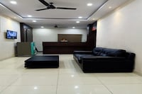OYO 81790 Hotel Presidents Inn
