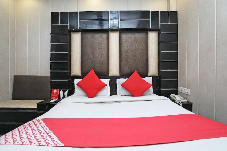 OYO 6801 Hotel Shri Sai International