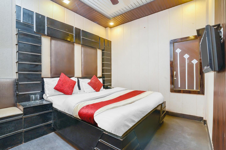 OYO 6801 Hotel Shri Sai International -1