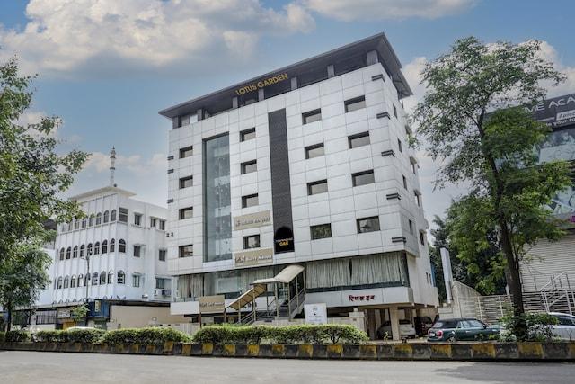 Townhouse OAK Regal Inn