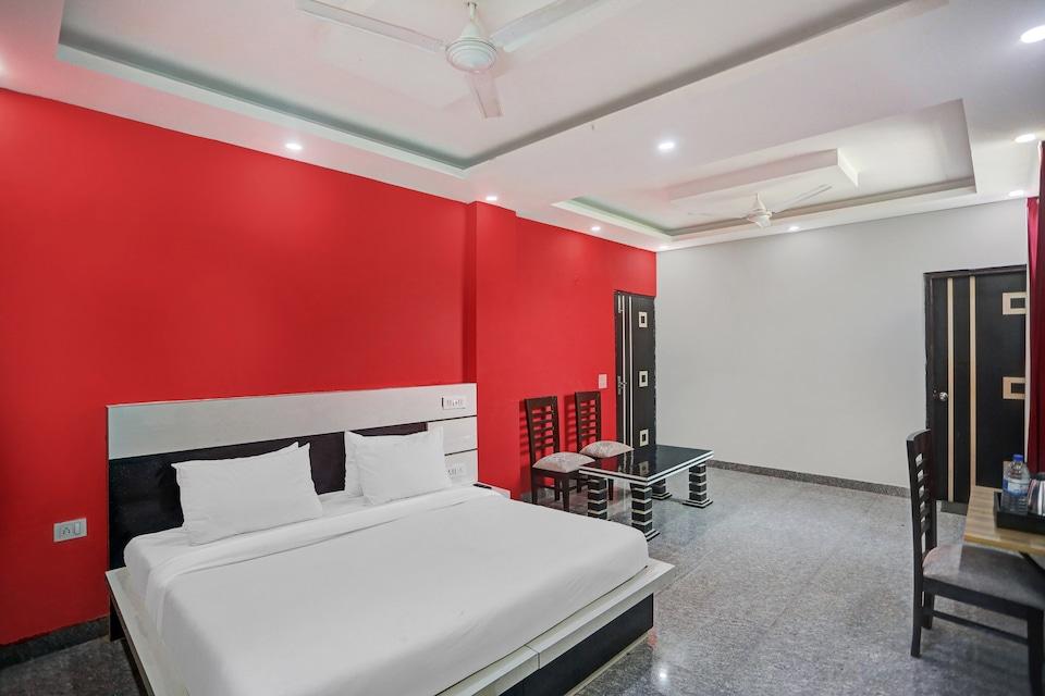 Townhouse 456 The Hotel Noida Grand, Noida Expressway SEZ, Noida
