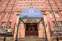 OYO Rowton Hotel