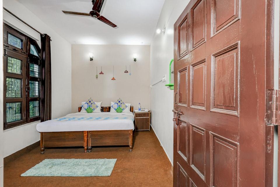 OYO 81852 Maha Maya Inn Home Stay, Bhimtal Nainital, Nainital