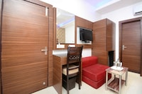 OYO Townhouse 81862 Hotel Platinum Inn And Suites