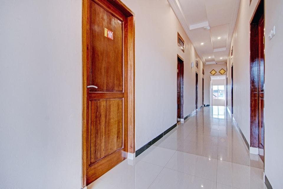 OYO 90591 Sanaya Guest House Syariah, Padang, Padang