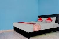 OYO 90594 Fajar Inn