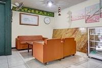 OYO 90596 Hotel Griya Astoeti
