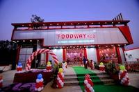 OYO 82080 Foodway Hub