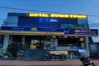OYO 82082 Hotel Down Town