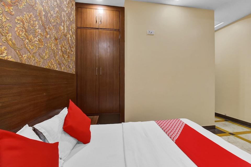 OYO 82104 India, Ajmer Central, Ajmer