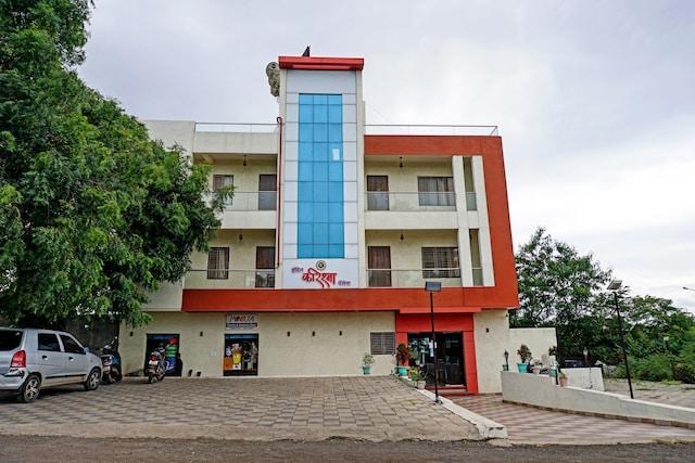 Collection O 82198 Hotel Karishma Palace