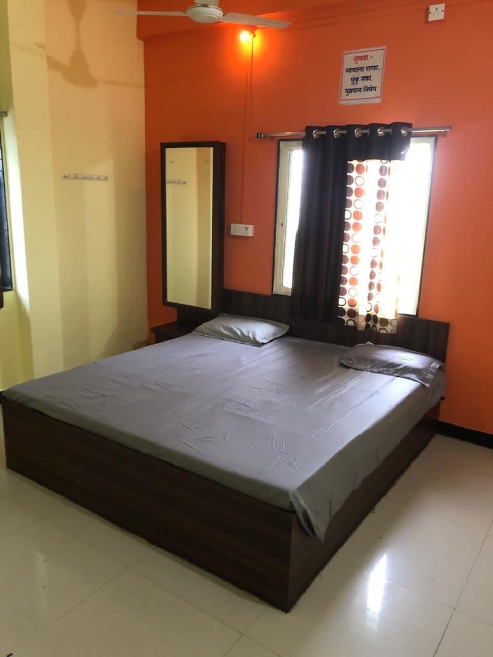 SPOT ON 82210 Hotel Nandan, Nashik, Nashik