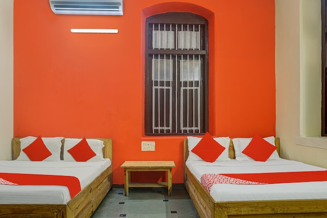 OYO 82215 Hotel Sohail Heritage