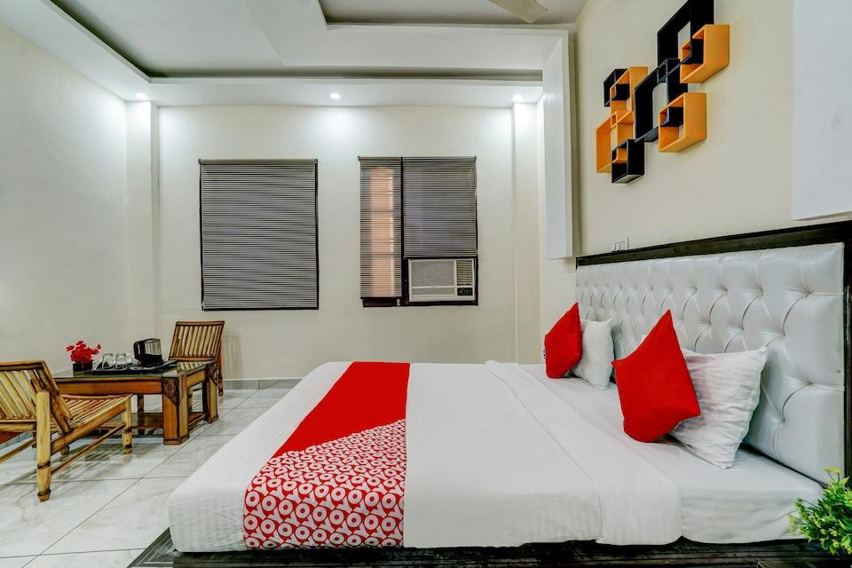 OYO 82216 Seventy Stay Inn, Mohali, Mohali