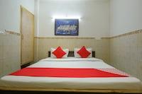 OYO 82238 Hotel Sapna