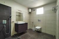OYO 82352 Disney Inn